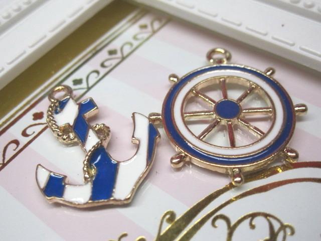 画像1: 舵と碇のチャーム (1)